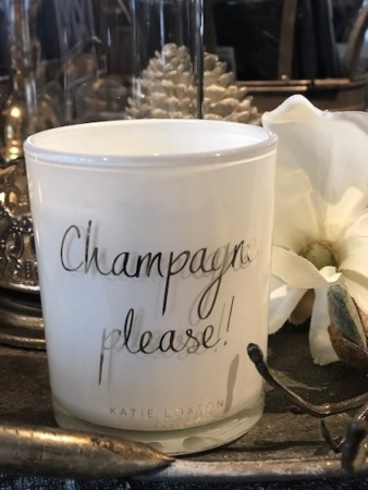 Champagne please! Duftlys fra Katie Loxton.